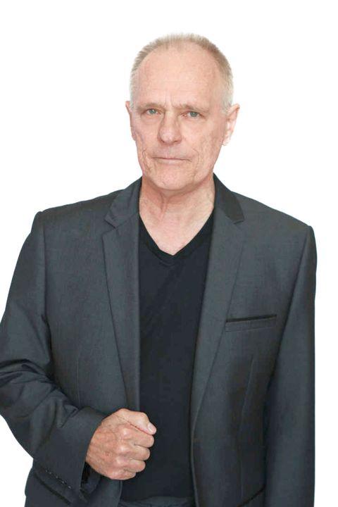Now Actors - Denis Broad