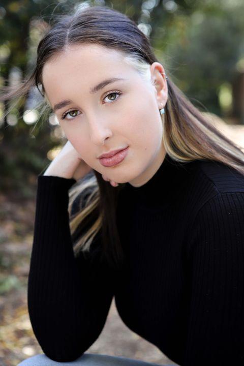 Now Actors - Lara Docking