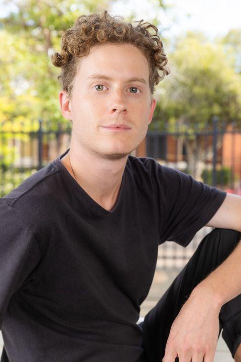 Now Actors - Louis Spencer