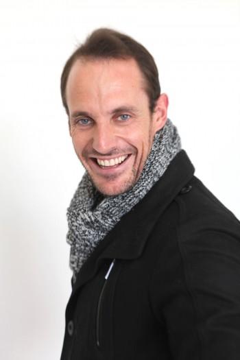 Now Actors - Simon Hill