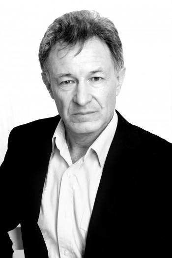 Now Actors - Stuart Andrews