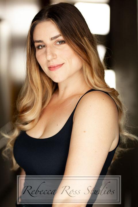Now Actors - TANIA AALIS
